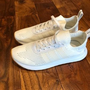 Women's adidas white Flashback Prime Knit sz 7 great condition by 2801